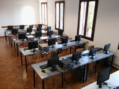 Aula informatica Bruni 1